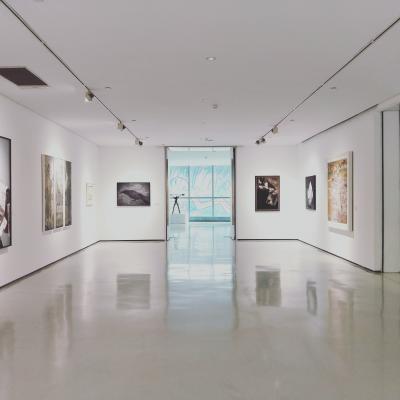 9 artistes contemporains encore accessibles